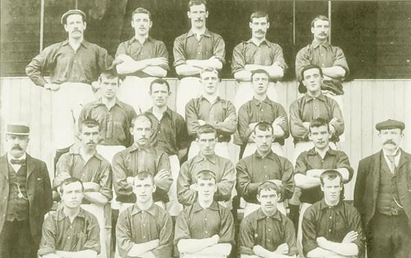 File:LiverpoolSquad1899-1900.jpg