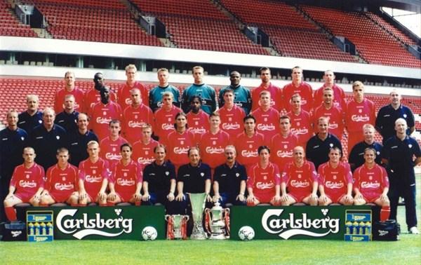 File:LiverpoolSquad2001-2002.jpg