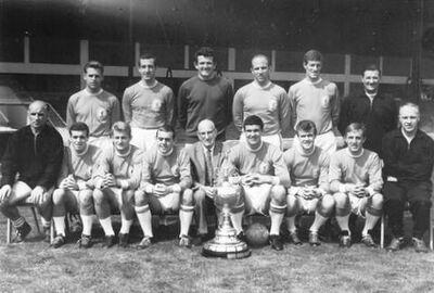 LiverpoolSquad1963-1964