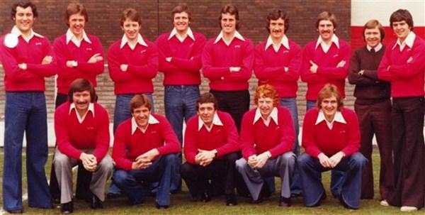 File:LiverpoolSquad1974-1975.jpg