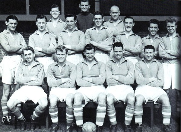 File:LiverpoolSquad1953-1954.jpg