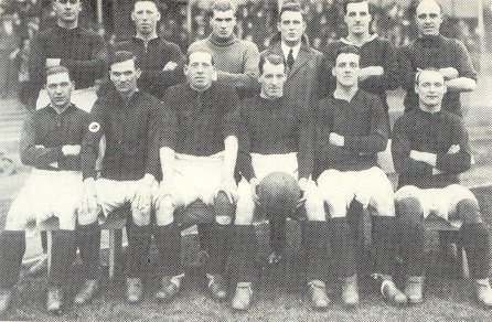 File:LiverpoolSquad1925-1926.jpg