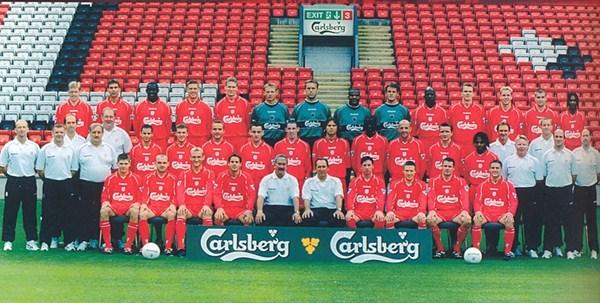 File:LiverpoolSquad2000-2001.jpg