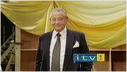 ITV1DerekFowlds2002