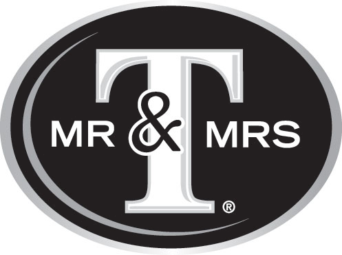 File:Mr & Mrs T 2010.png