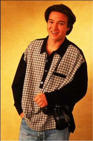 File:Jimmy Olsen (Justin Whalin) 5.jpg