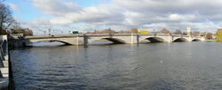 Putney Bridge 723-5
