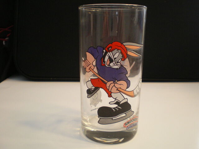 File:Smuckers Looney Tunes Jelly Jar.jpg