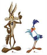 Wile E Coyote and Road Runner Looney Tunes set cardboard cutout buy now at starstills 59247.1404454945.1280.1280
