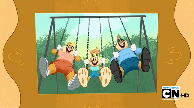 File:Lola's family photo 2.png