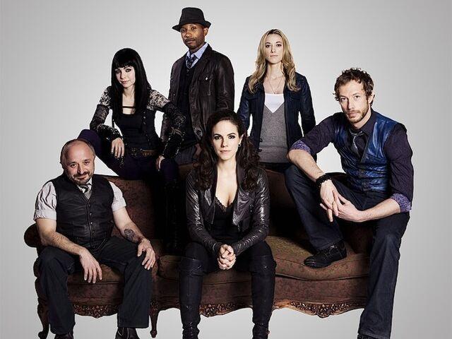 File:Cast-Main (Season 1).jpg