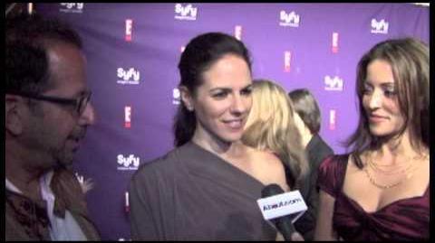 Anna Silk, Emmanuelle Vaugier, Jay Firestone (SDCC 2011)