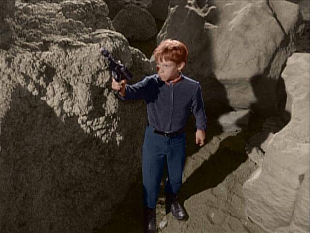 File:Will Shooting Giant.jpg