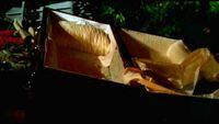 1x05-Coffin