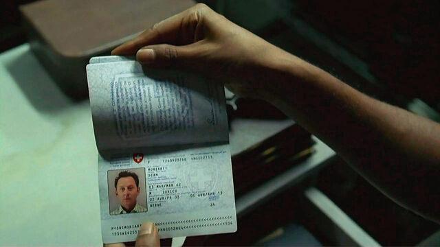 File:4x03 Ben passport.jpg