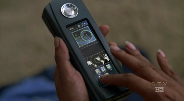 File:Sayid-satphone.png