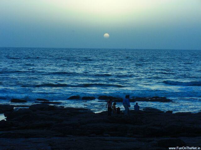 File:Worli-Sea-Face-2.jpg
