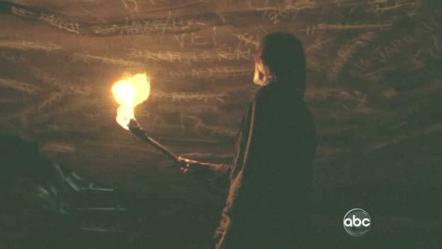File:Lost-S6E04-cave-ladder.png