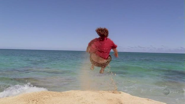 File:4x01-HurleyCannonball.png