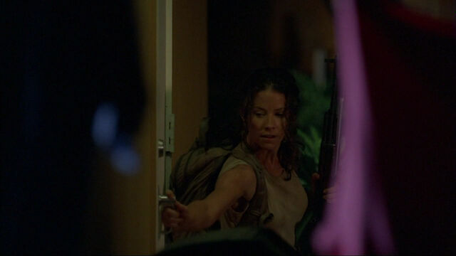File:3x13 TMFT kate enters.jpg