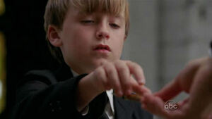S5-finale-Jacob-touches-Sawyer