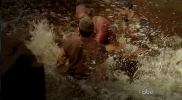 File:6x02-Splashy.jpg