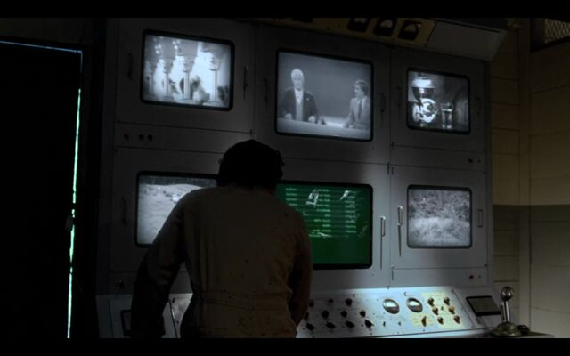 File:FlameTVs1977.jpg