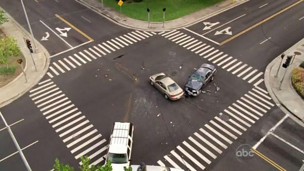File:5x07-locke-car-accident.jpg