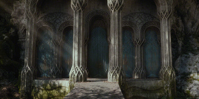 File:Halls of Thranduil - Entrance.jpg