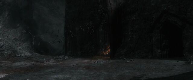 File:The.Hobbit.The.Battle.of.the.Five.Armies.2014.1080p.WEB-DL.AAC2.0.H264-RARBG-19-38-48-.JPG