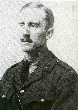 Fitxer:Tolkien 1916.jpg