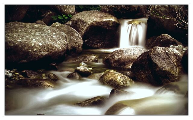 File:Mirkwood Creek.jpg