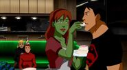 Superboy & Miss Martian S1E20 (1)