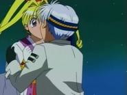 Jeanne & Sinbad Kiss E19