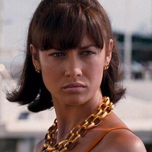 Camille Montes (Olga Kurylenko) - Profile