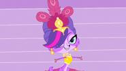 Showgirl Zoe