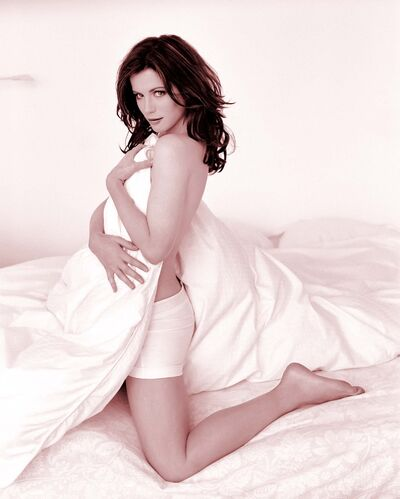 Katia Beckinlate8