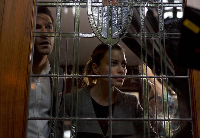 File:112 promo Lucifer Chloe through stained glass.jpg