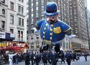 Macys-Parade-2012-Harold-the-Policeman-Balloon