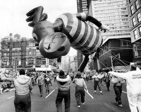 Acc6ce52-38e0-4b89-aa11-1c5c1a4c24d8 macys-balloon-bullwinkle