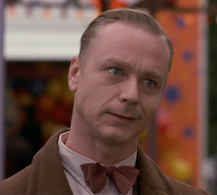 File:Ben Daniels as Leopold.png