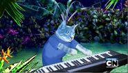 Blue keyboard cat