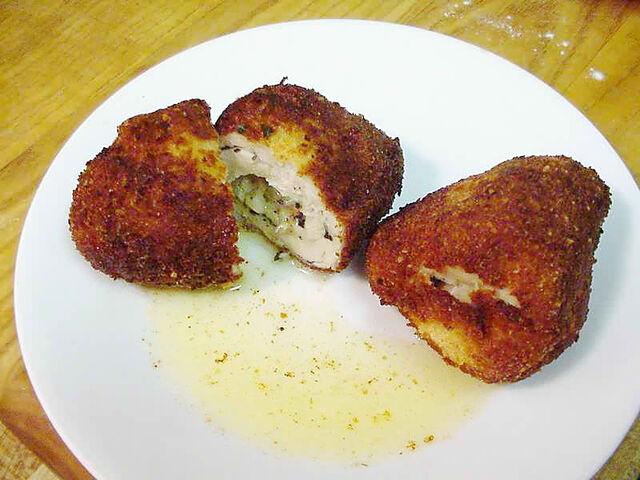 Archivo:Chicken Kiev.jpeg