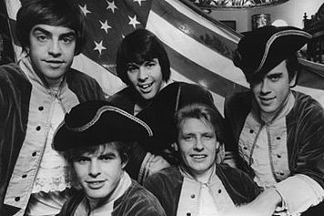 File:Paul Revere & the Raiders.jpg