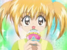 Mirumo de Pon! Kaede using her Magical Microphone