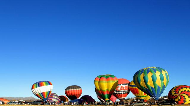 Hot Air Balloons Timelapse