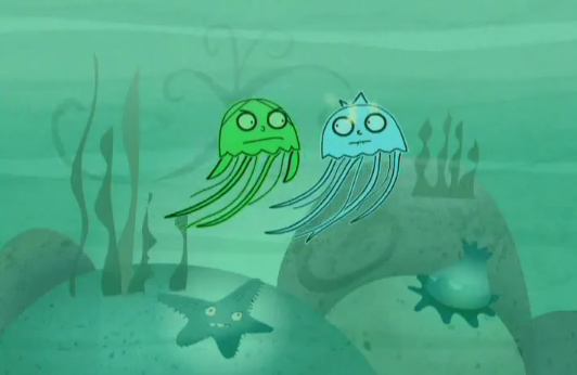 File:Jellyfish way out at sea.PNG