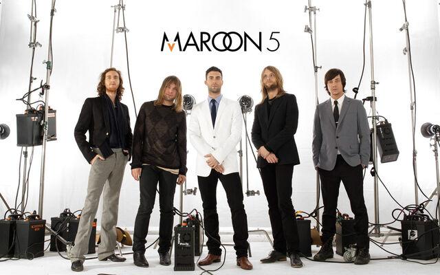 File:Maroon5-1.jpg