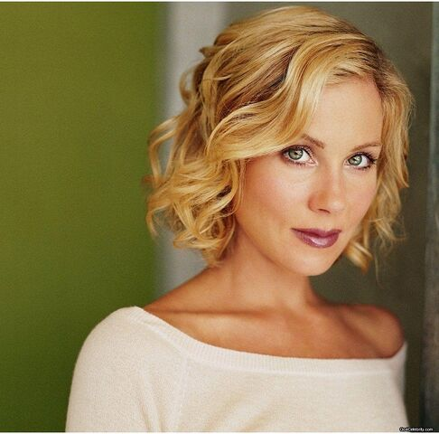 File:Christina-Applegate.jpg
