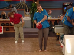 Married with children shoeless bowling-650x483